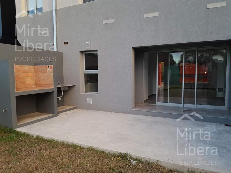 Foto Departamento en Venta en  Manuel B Gonnet,  La Plata  26 e/ 482 Y 483