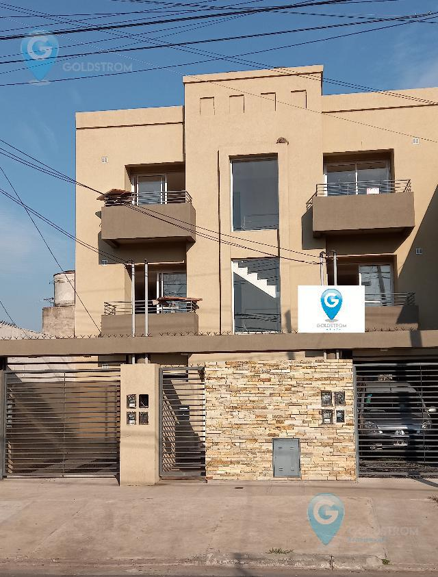 Foto Departamento en Venta en  Villa España,  Berazategui  Calle 31 nro al 4200 1er piso