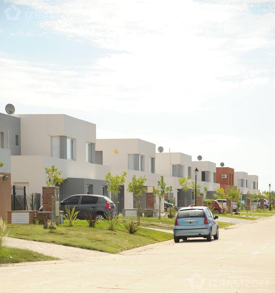 Casa-Venta-Pilar Del Este-Pilar del Este - Barrio Santa Guadalupe