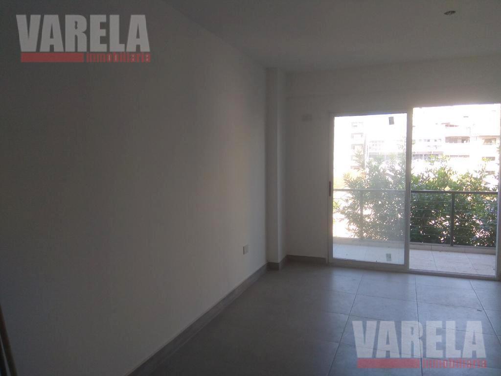 Foto Departamento en Venta en  Almagro ,  Capital Federal          Yatay 300
