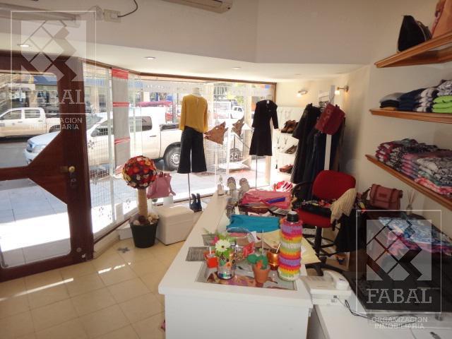 Foto Local en Venta en  Área Centro Este ,  Capital  Juan B. Justo 410