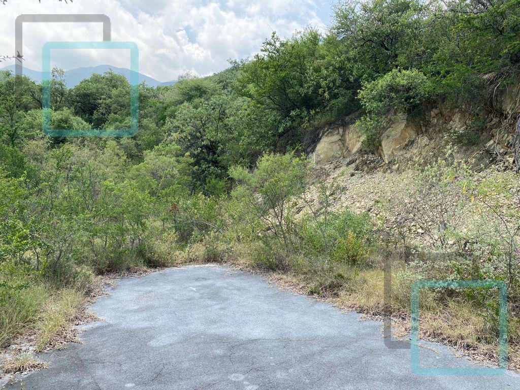 Foto Terreno en Venta en  Hacienda Los Encinos,  Monterrey  TERRENOS EN VENTA LOS AZULEJOS ZONA CARRETERA NACIONAL MONTERREY