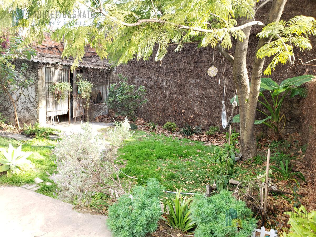Foto Casa en Venta en  Quilmes,  Quilmes  Brown al 1537