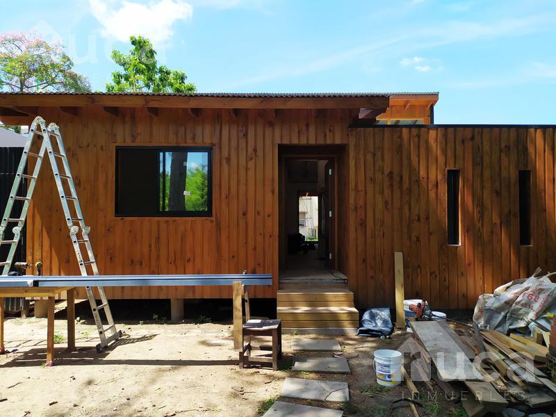 Foto Casa en Venta en  Las Glorias,  Ingeniero Maschwitz  VENTA | IMPECABLE CASA de Madera a ESTRENAR