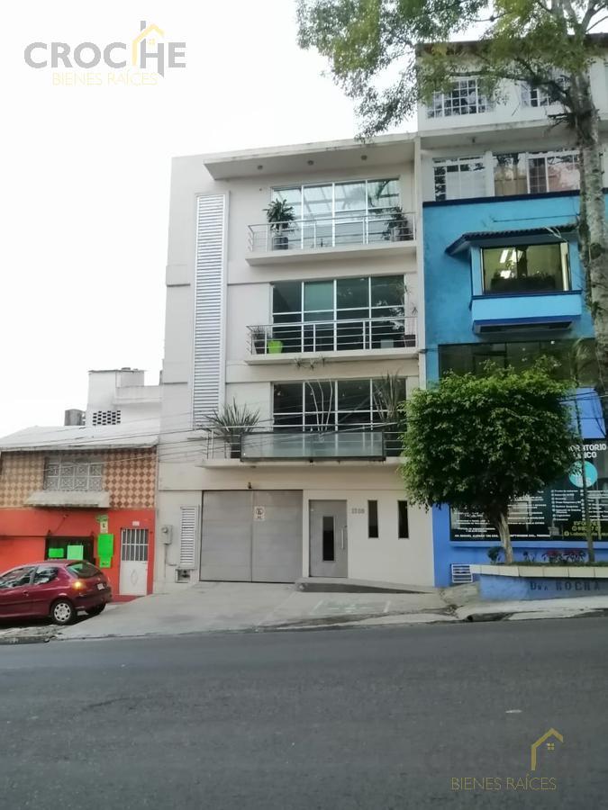 Foto Edificio Comercial en Venta | Renta en  Ferrocarrilera,  Xalapa  Edificio en venta o renta en Xalapa Veracruz Avenida Miguel Aleman, elevador