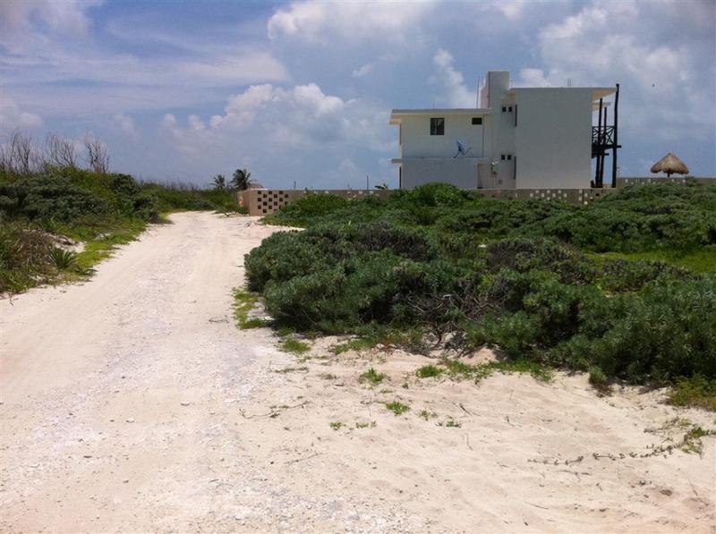 Puerto Morelos Land for Sale scene image 4