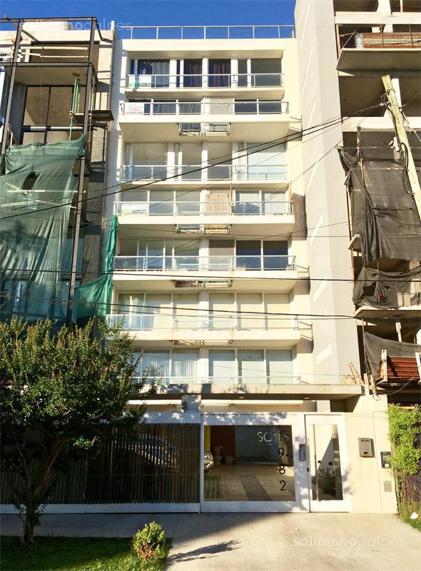 Foto Departamento en Venta en  V.Lopez-Vias/Rio,  Vicente Lopez  SOLIS, Juan Diaz de al 1982