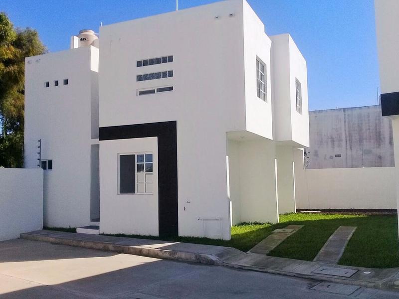 Foto Casa en Venta en  Fraccionamiento Jardines de Champayan,  Tampico  Casa Nueva en Venta Col. Jardines de Champayan, Tampico, Tam.