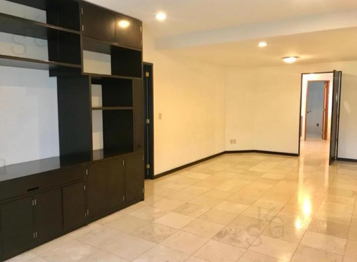 Foto Departamento en Renta en  Interlomas,  Huixquilucan  SKG Asesores Inmobiliarios Renta Departamento en Av. Jesus del Monte, Residencial Toledo, Interlomas