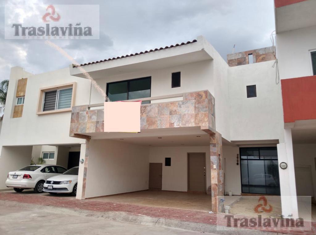 Foto Casa en Venta en  Residencial Santa Fe,  León  Residencial Santa Fe, casa remodelada!!