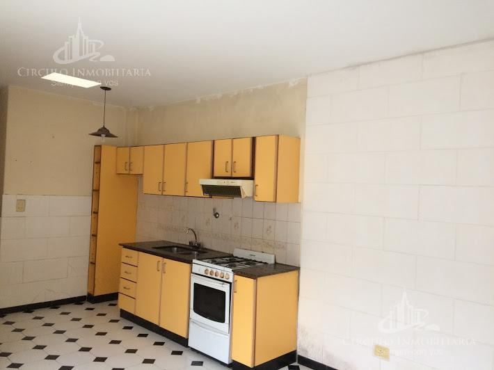 Foto PH en Venta en  Mataderos ,  Capital Federal  Larraya al 2300