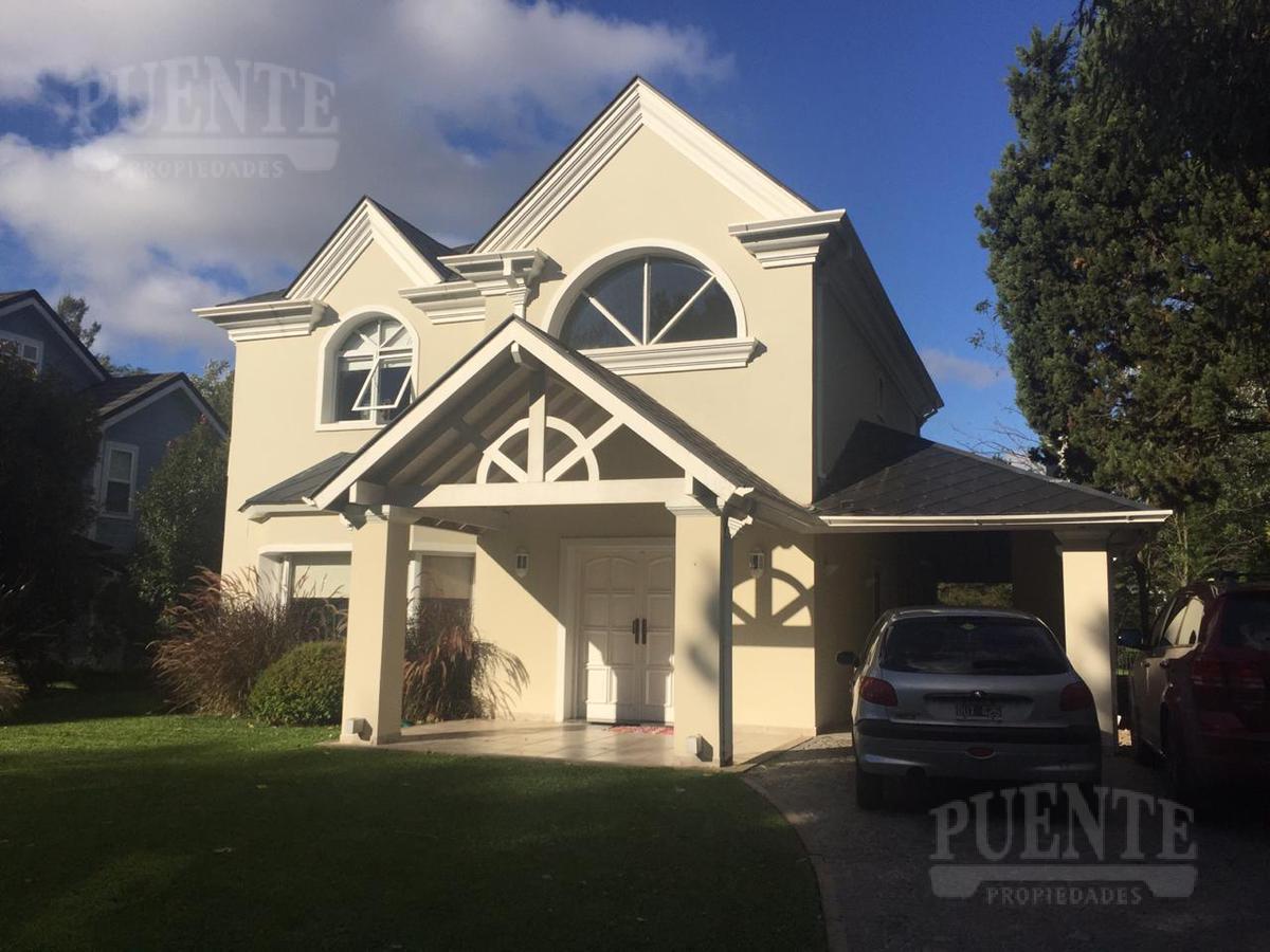 Foto Casa en Venta | Alquiler en  Saint Thomas,  Countries/B.Cerrado (E. Echeverría)  Saint Thomas Norte-Sur