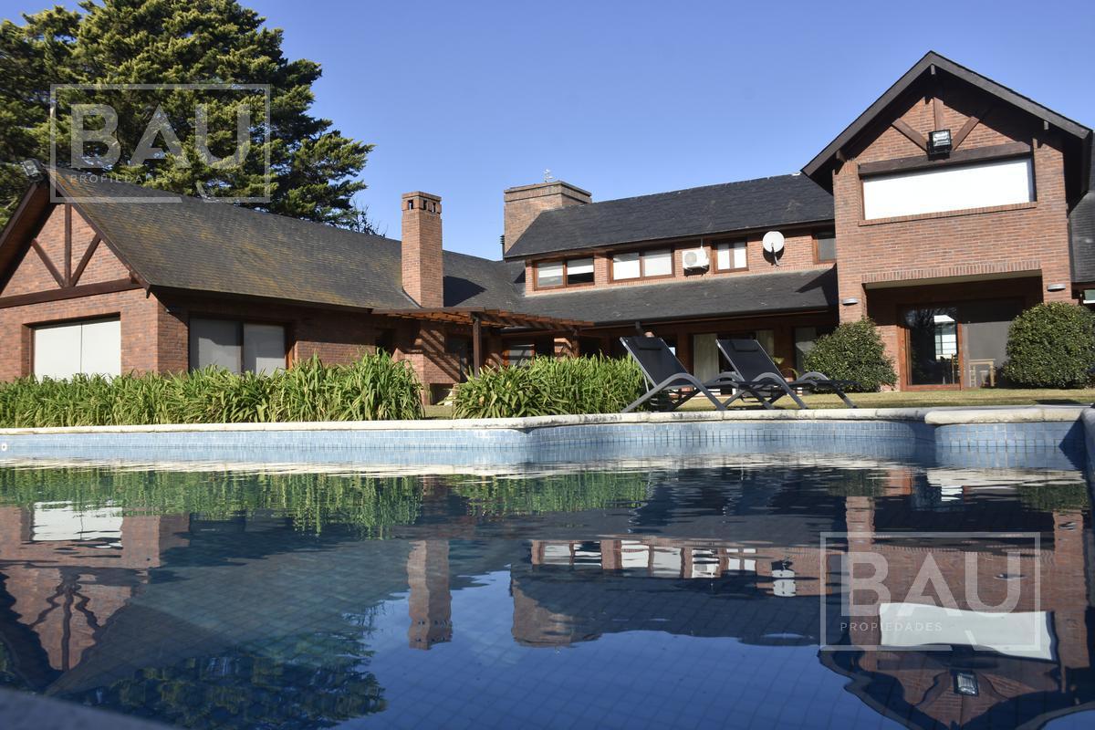 Foto Casa en Venta en  San Diego C.C,  Countries/B.Cerrado (Moreno)  Importante propiedad sobre 2800mts. de lote
