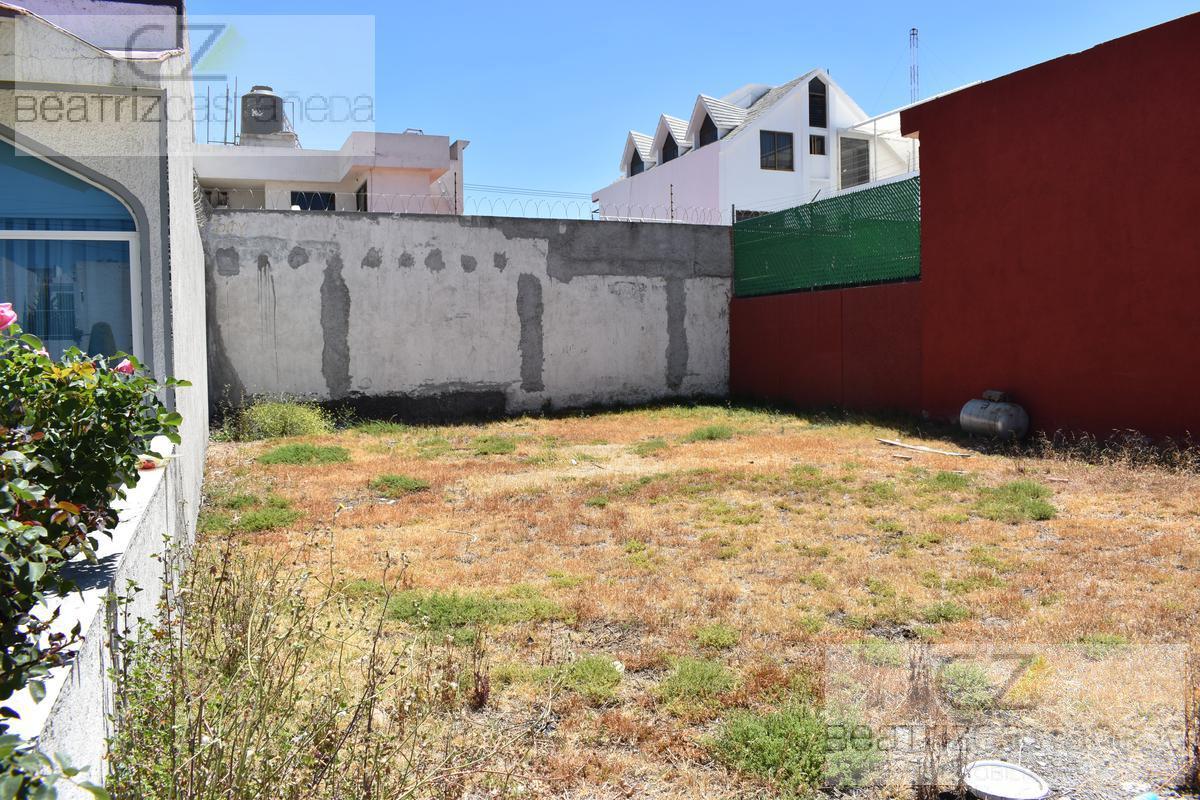 Foto Terreno en Venta en  Pachuca ,  Hidalgo  Lote Residencial, Privada Arboledas de Santa Elena