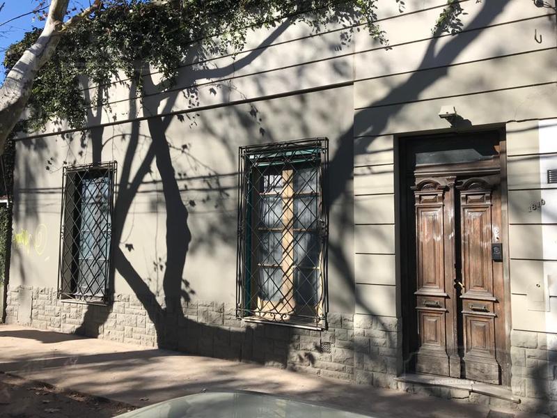 Foto Casa en Venta en  Adrogue,  Almirante Brown  BYNON 1810