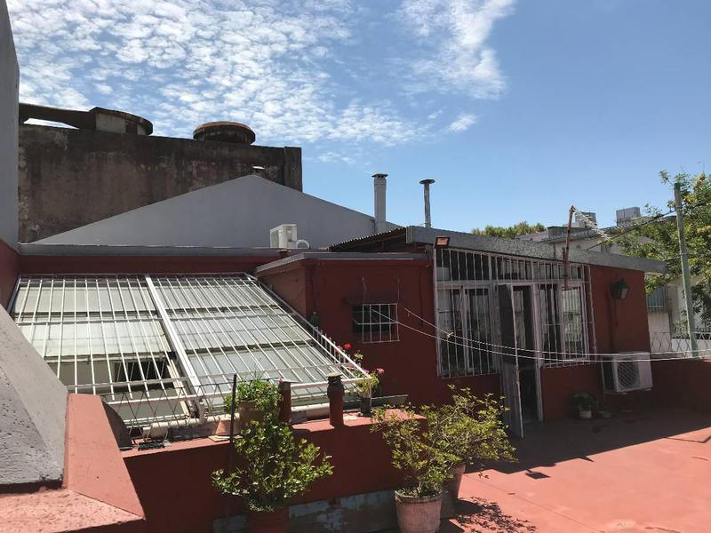 Foto Casa en Venta en  Parque Chacabuco ,  Capital Federal          Hortiguera 1800