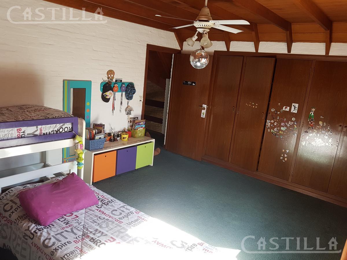 Foto Casa en Venta en  Village Golf & Tenis Club,  Countries/B.Cerrado  - Village Golf