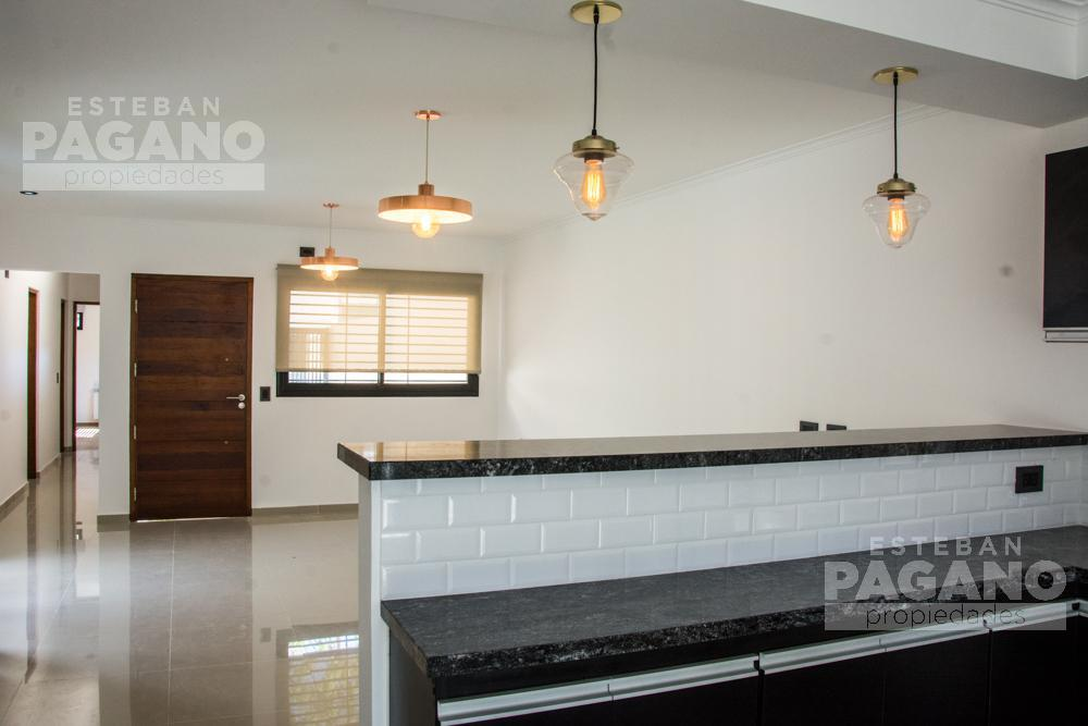 Foto Casa en Venta en  La Plata ,  G.B.A. Zona Sur  43 e 21 y 22
