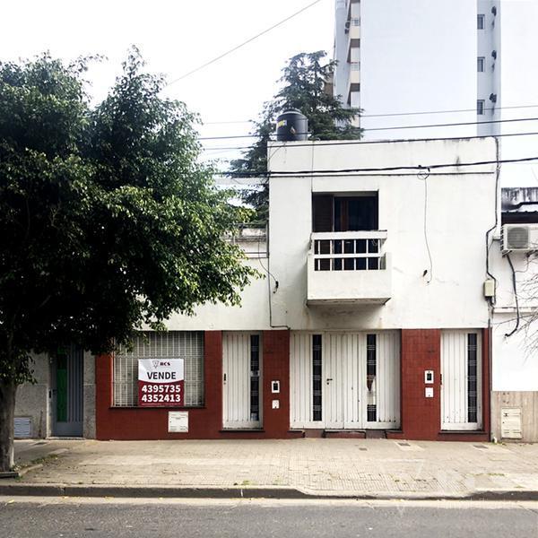 Foto Casa en Venta    en  Echesortu,  Rosario  IRIONDO 1620