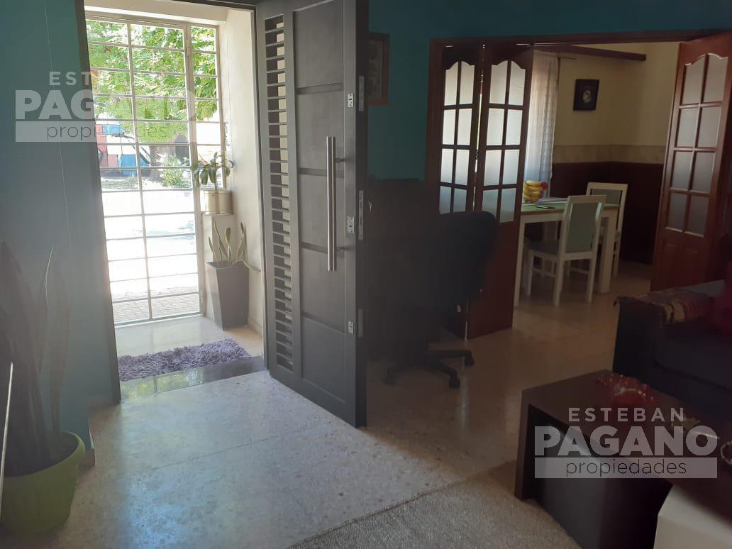 Foto PH en Venta en  La Plata ,  G.B.A. Zona Sur  28 esquina 40