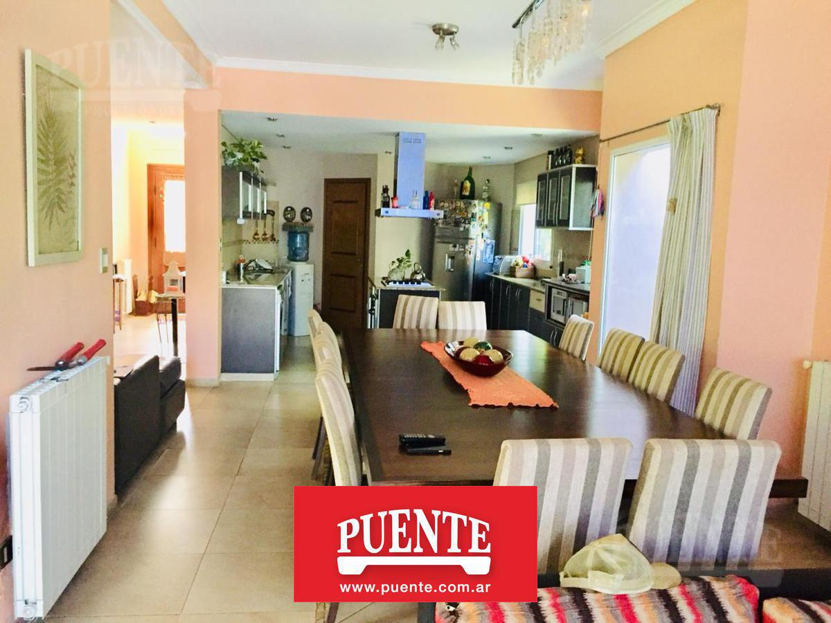 Foto Casa en Venta en  El Rocio,  Countries/B.Cerrado (E. Echeverría)  El Rocio Temporal