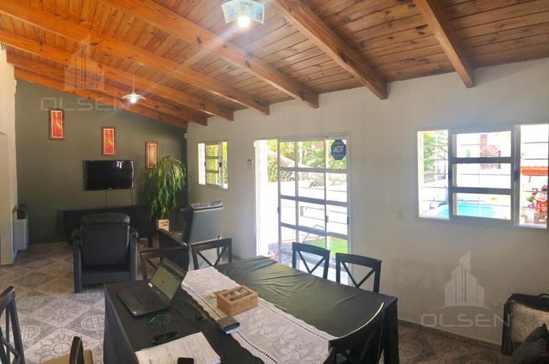 Foto Casa en Venta en  Calera central,  La Calera  suipacha al 100
