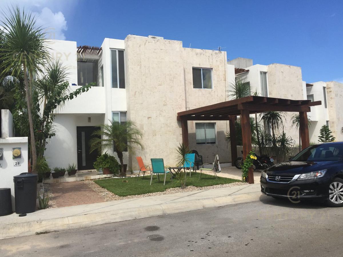 Foto Casa en Venta en  Benito Juárez ,  Quintana Roo  Residencial Bahia Dorada  C2662