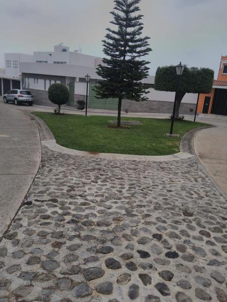 Foto Terreno en Venta en  Fraccionamiento Lomas de Ahuatlán,  Cuernavaca  Terreno Lomas de Ahuatlan, Cuernavaca