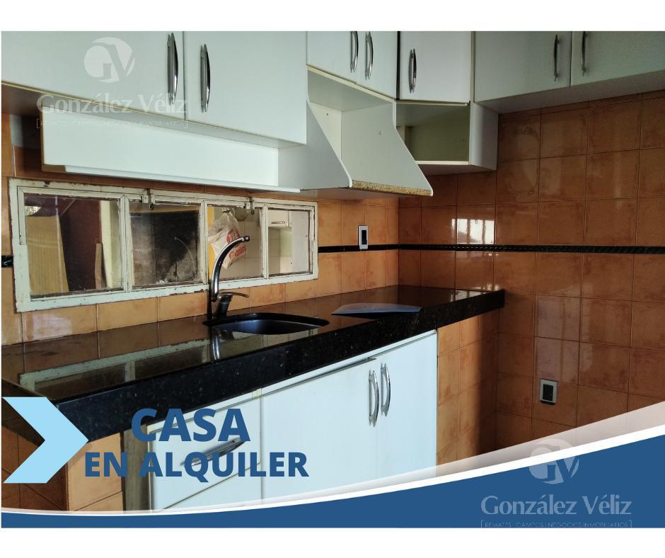 Foto Casa en Alquiler en  Carmelo ,  Colonia  25 de agosto entre Gral. Flores y Roosevelt