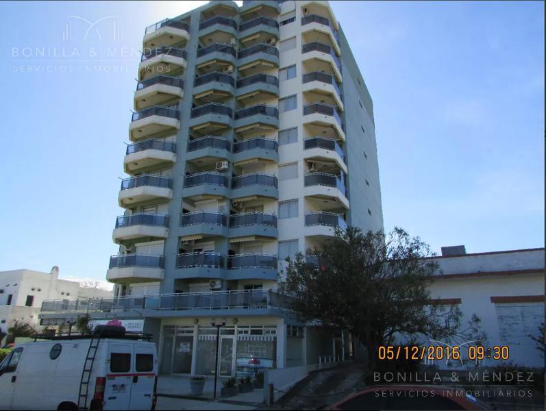 Foto Apartamento en Venta en  Rinconada,  Piriápolis  Av. Francisco Piria y Maipú
