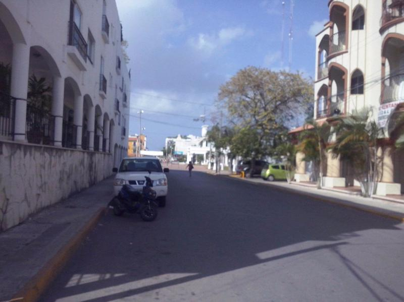 Playa del Carmen Bussiness Premises for Sale scene image 3