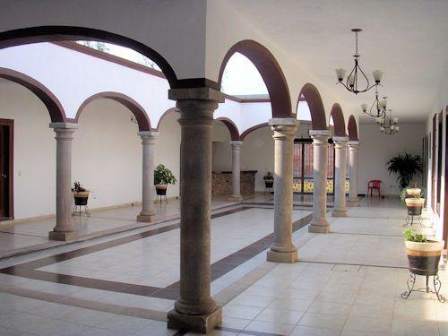 Foto Local en Venta |  en  Tequisquiapan Centro,  Tequisquiapan  Propia para restaurante, hotel-boutique o salón de eventos