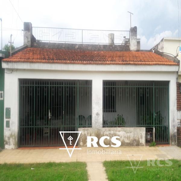 Foto Casa en Venta |  en  Rosario,  Rosario  Navarro 6542