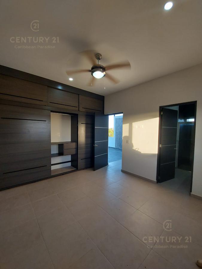 Playa del Carmen House for Sale scene image 39