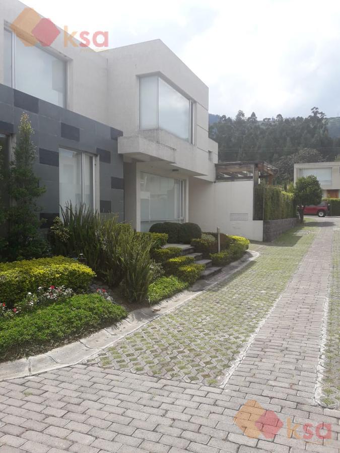 Foto Casa en Venta en  Cumbayá,  Quito  Lumbisi