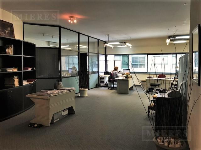 Oficina de 92 mts en Office Plaza