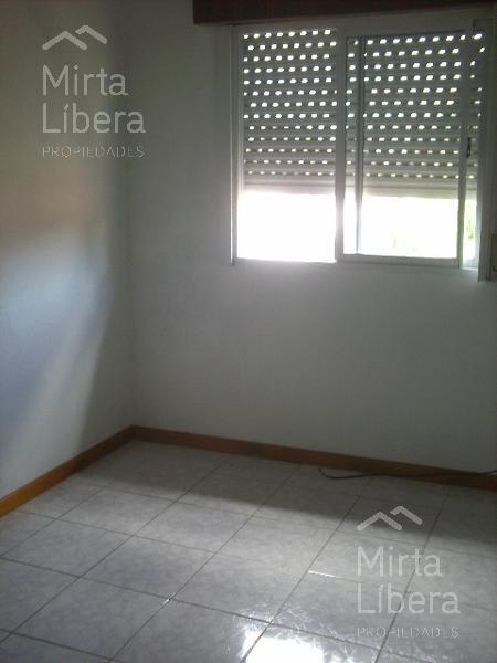 Foto Departamento en Alquiler en  La Plata ,  G.B.A. Zona Sur          Calle entre 76 13 y 14