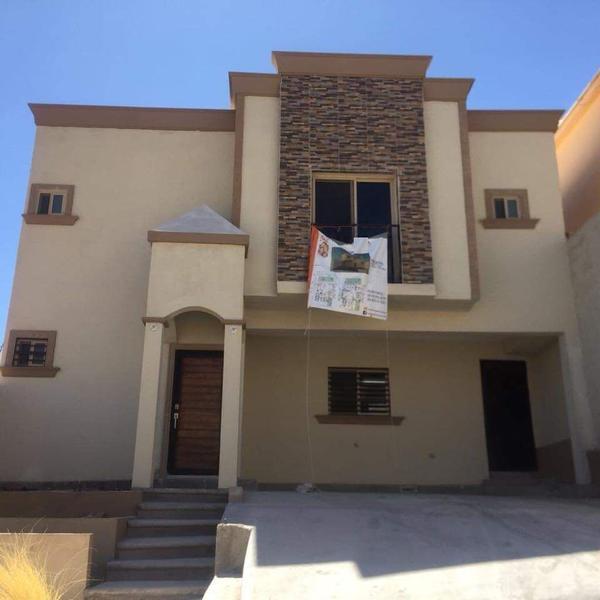Foto Casa en Venta en  Fraccionamiento Rinconada de La Sierra,  Chihuahua  Residencia Nueva Venta Rinconadas de la Sierra $2,100,000 A3 ECG1