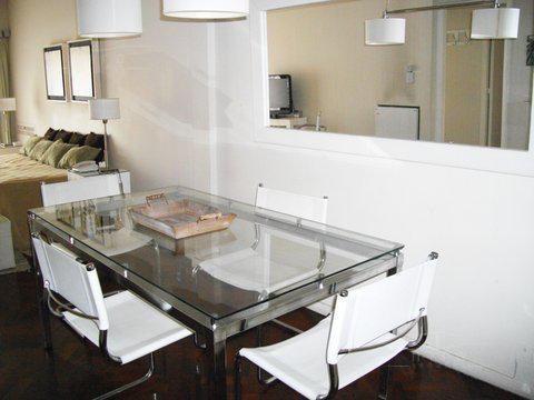 Foto Departamento en Alquiler en  Monserrat,  Centro   alquiler 2 amb amueblado Alem al 700