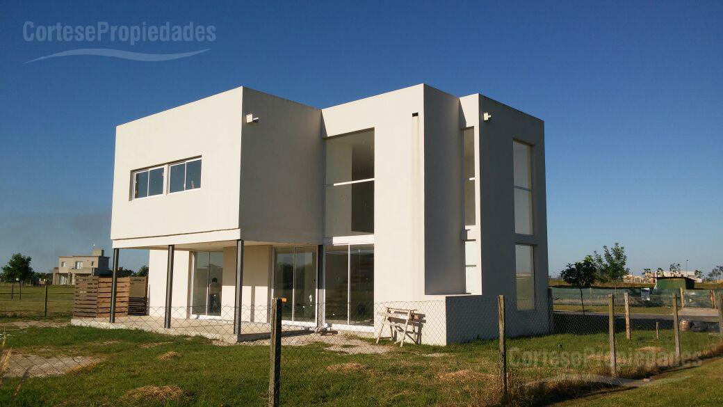 Foto Casa en Venta en  El Canton - Puerto,  Countries/B.Cerrado (Escobar)  El Canton