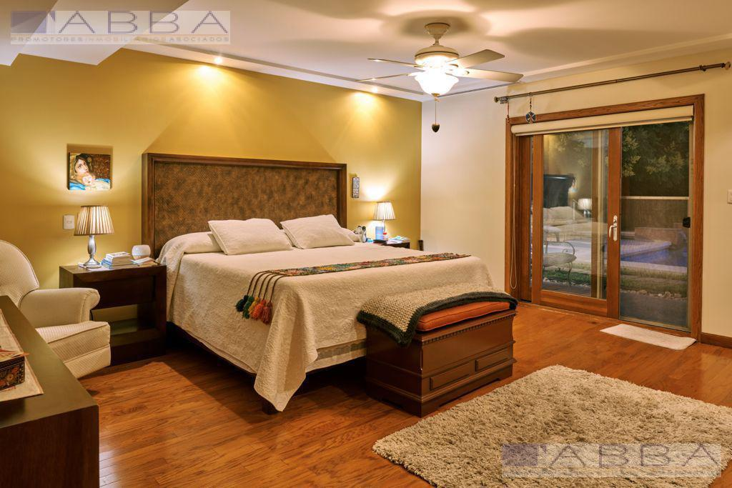 Foto Casa en Venta en  Residencial Zarco,  Chihuahua  Excelente Casa Venta Residencial Zarco de una planta 4 Rec . Y Alberca