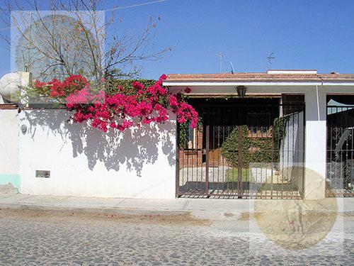 Foto Casa en Venta en  Santa Fe,  Tequisquiapan  Casita acogedora en una planta