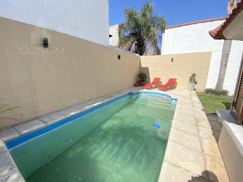 Foto Casa en Venta en  Urca,  Cordoba  NAZARET al 3700