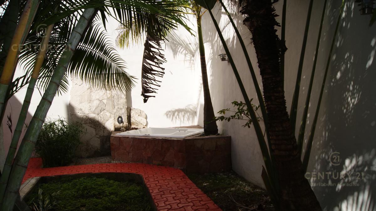 Playa del Carmen House for Rent scene image 5