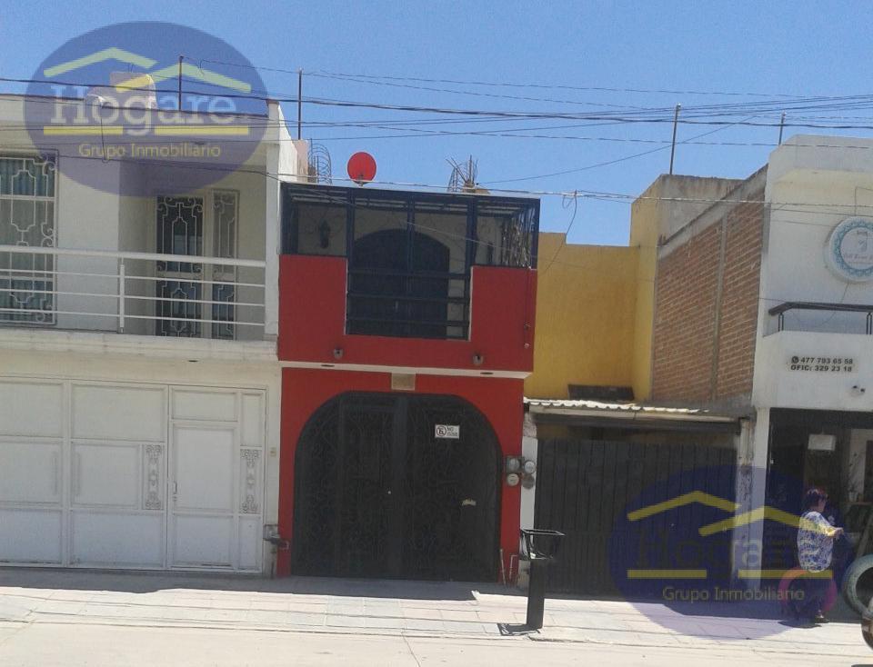 Casa en Venta  cerca del colegio Hidalgo col. Jardines del Bosque, León, Gto.