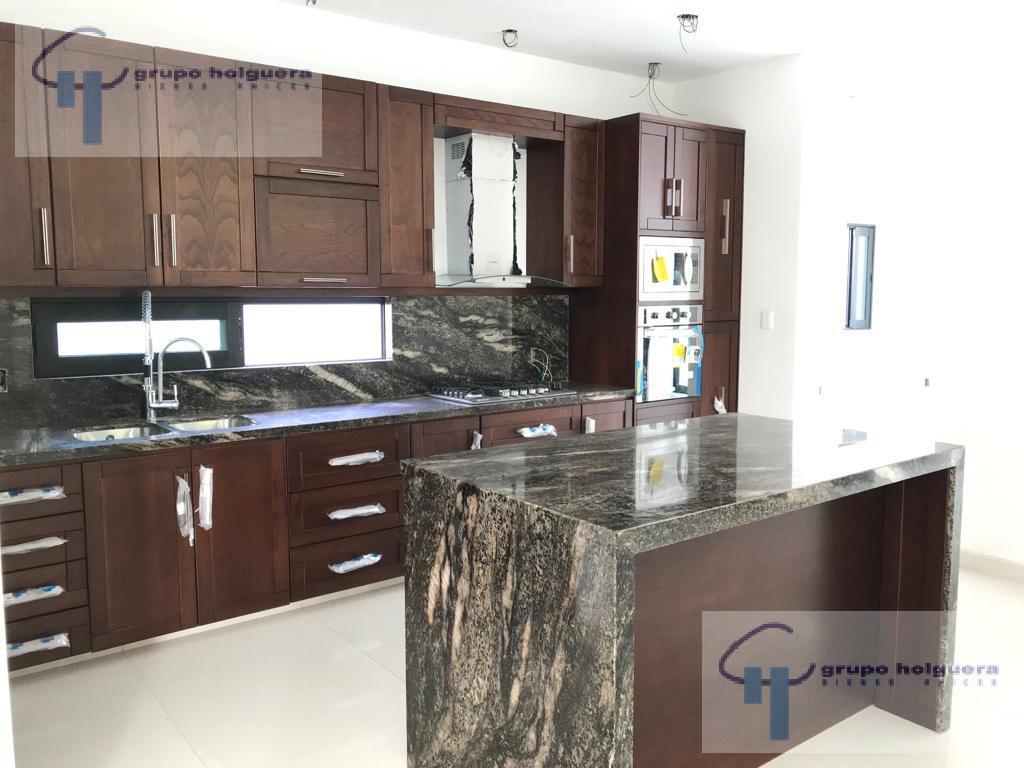 Foto Casa en Venta en  Altavista,  Tampico  CV-363 VENTA DE CASA EN COL. ALTAVISTA, TAMPICO, TAMAULIPAS