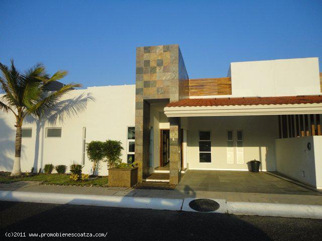 Foto Casa en Venta en  Fortín ,  Veracruz  FRACCIONAMIENTO PRIVADO DE LUJO