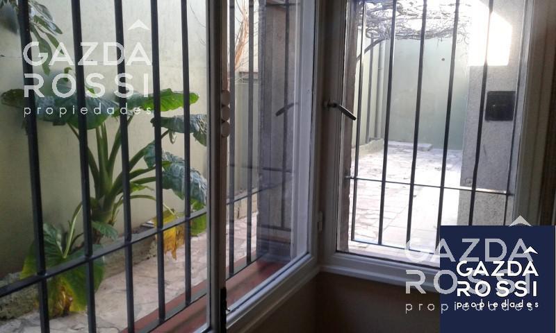 Foto Casa en Venta en  Turdera,  Lomas De Zamora  SAN LUIS 515