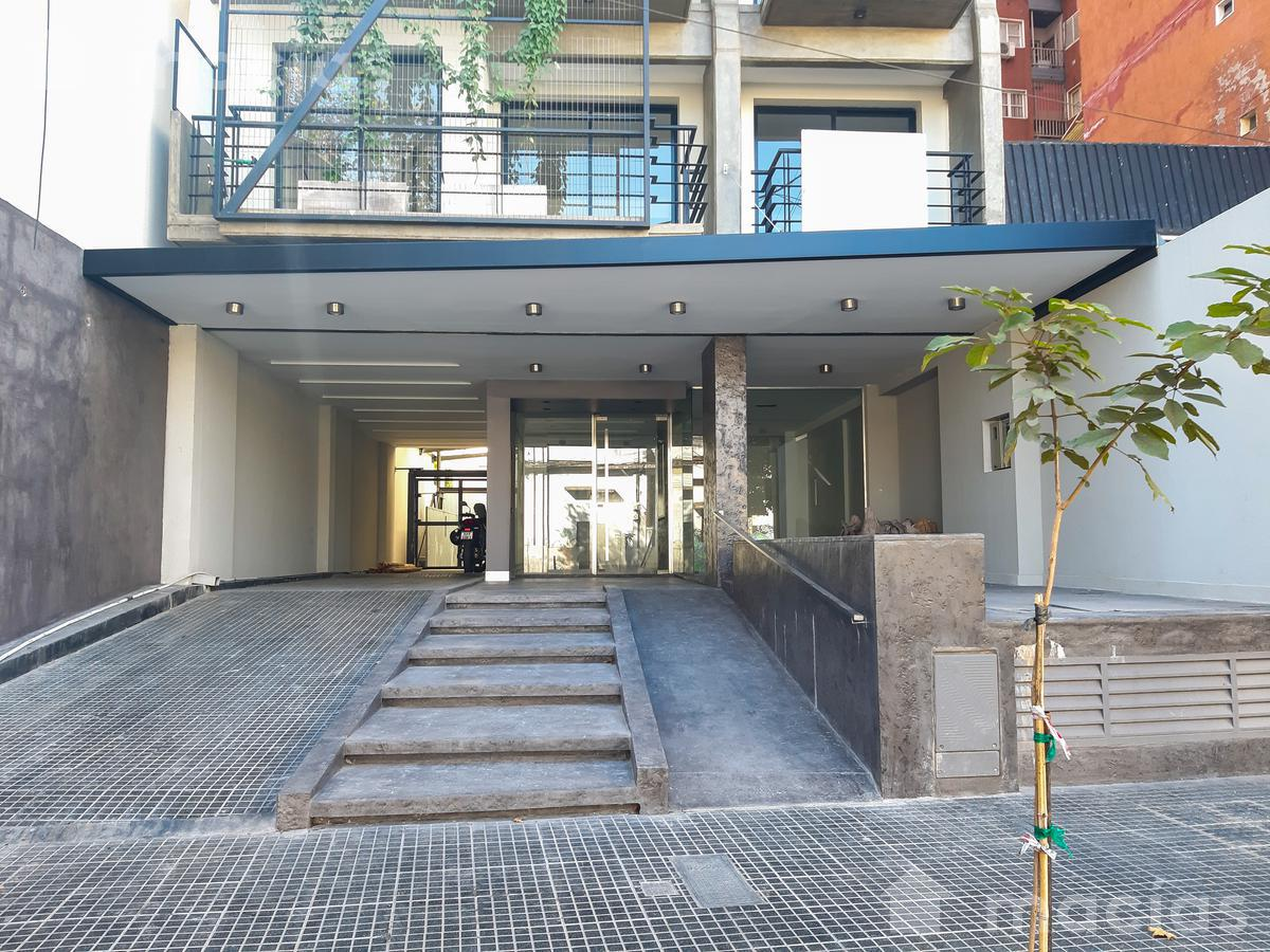 Foto Departamento en Venta | Alquiler en  Capital ,  Tucumán  Bolivar al 800