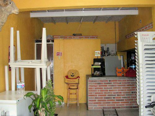 Foto Local en Venta en  Rancho o rancheria Santa María del Camino,  Tequisquiapan  Mágnifico local a pie de carretera